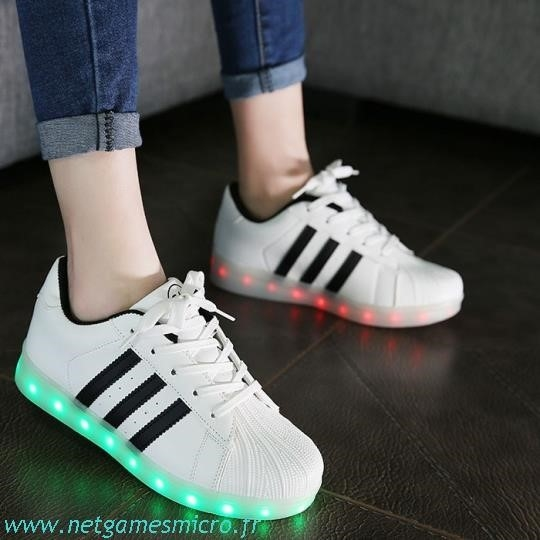 chaussure led homme adidas